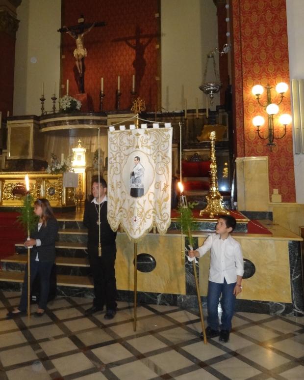 El recorrido finalizó en la iglesia de Dalías, junto a la pila baustismal