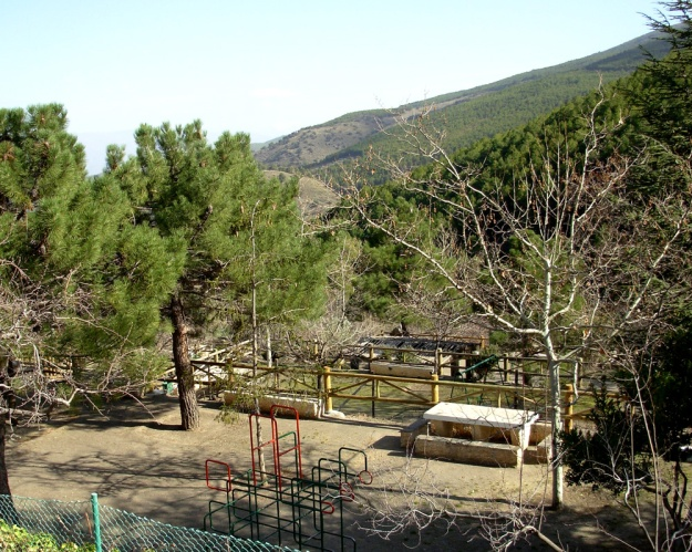 "Area Recreativa ""La Roza"" (Abrucena)"