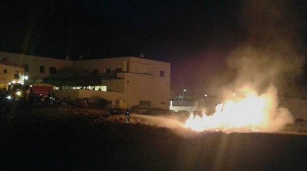 incendiocallecohete_bomberos